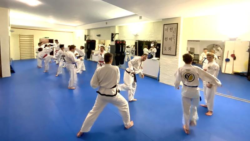 Selbstverteidigung und koreanisches Karate in Traunreut